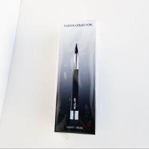 Artis Fluenta Linear 1 Liner Brush Brand New